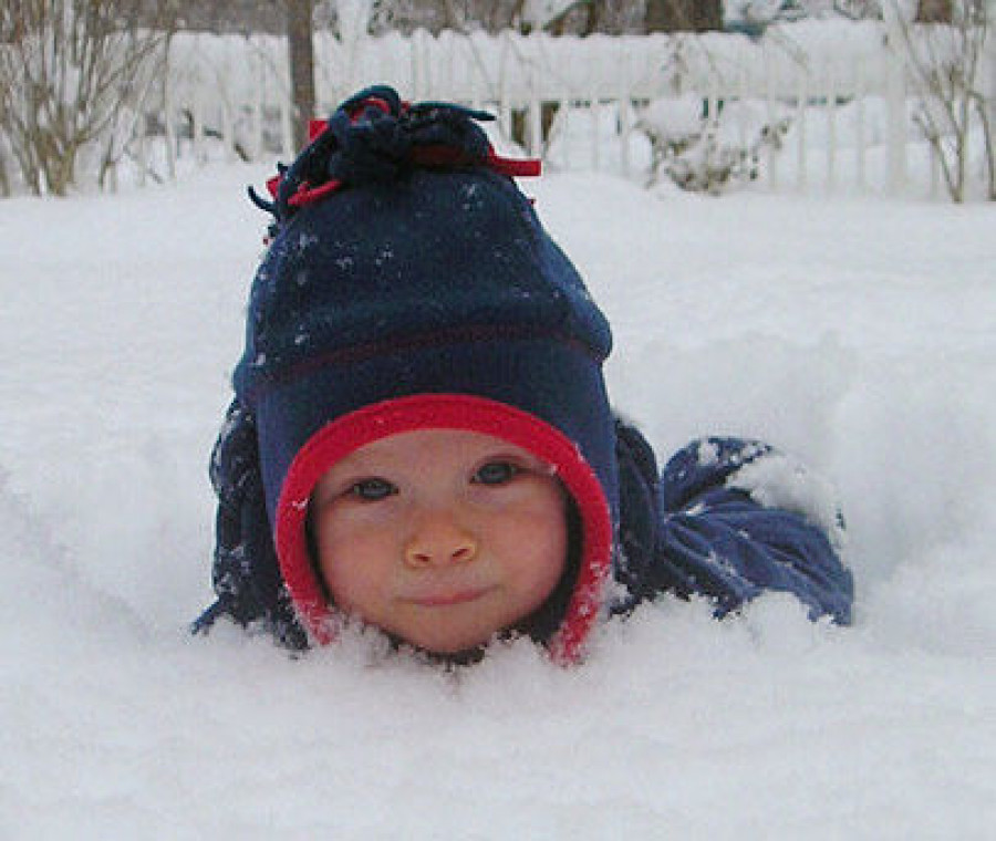 bambino-di-neve