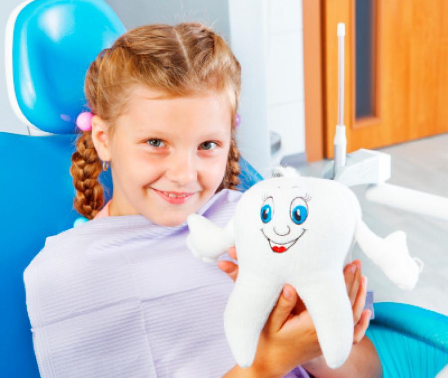 il-dentista-che-cura-gratis-i-bambini