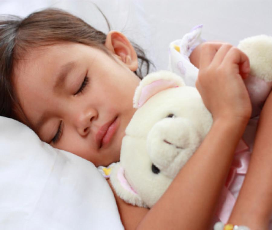 sonnambulismo-nei-bambini-come-avviene-e-come-si-cura