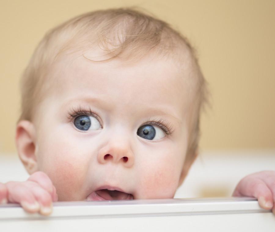 i-neonati-riconoscono-le-emozioni-negli-occhi-degli-adulti