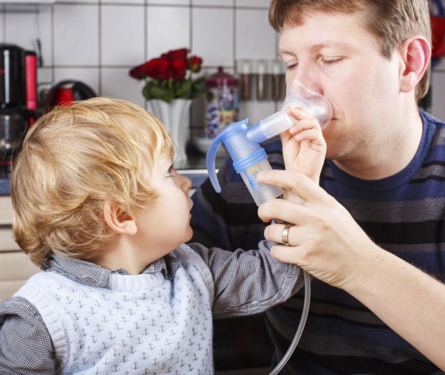tosse-nel-bambino-come-curarla-con-i-rimedi-casalinghi