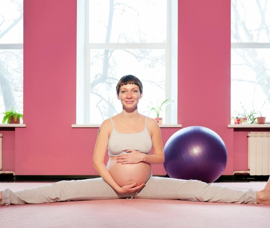 esercizi-per-stare-meglio-in-gravidanza-sollevare-l-utero