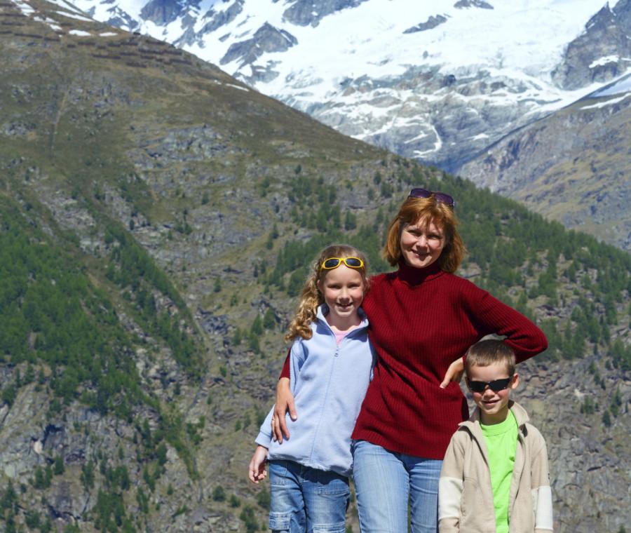 qui-la-famiglia-e-veramente-tutelata-la-testimonianza-di-una-mamma-in-svizzera