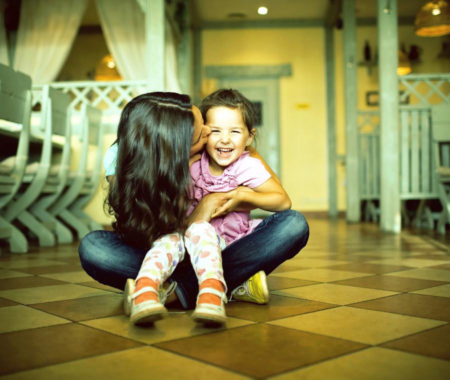 come-costruire-un-rapporto-sano-tra-madre-e-figlia