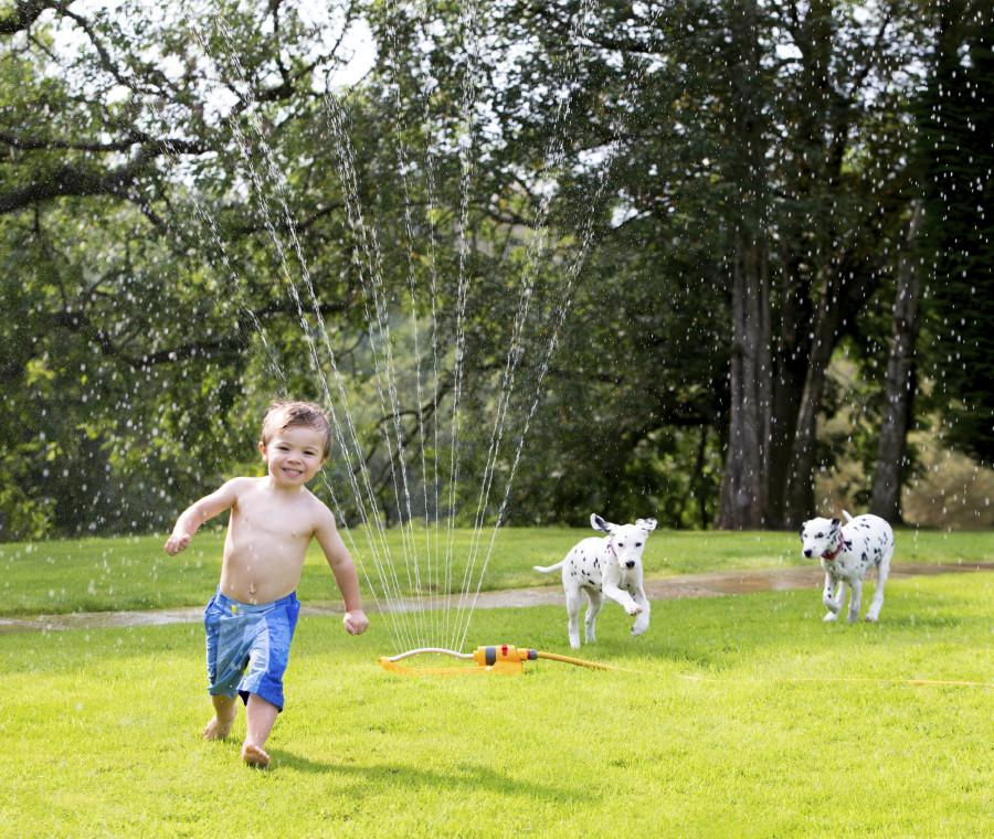 giocare-in-giardino-in-tutta-sicurezza