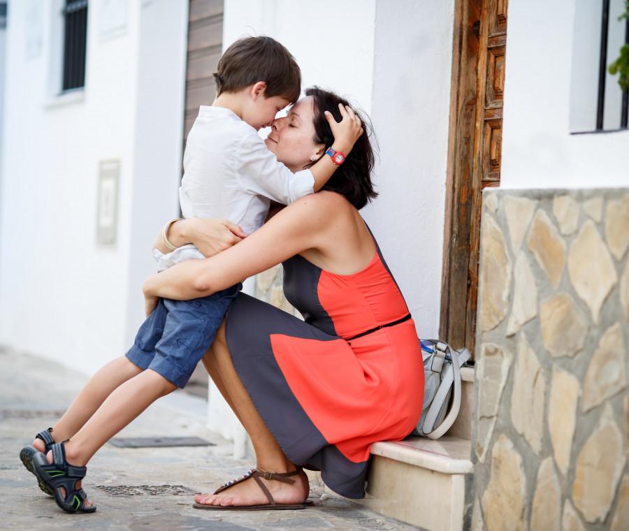 come-si-aiuta-un-figlio-maschio-ad-avere-autostima