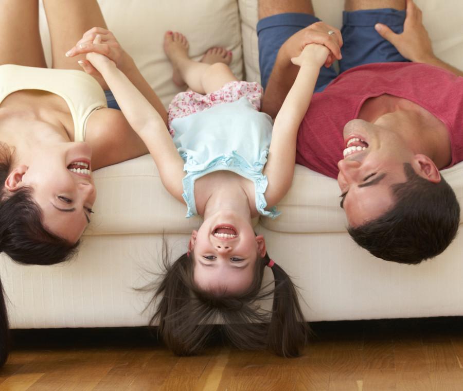 15-cose-bizzarre-che-si-fanno-per-i-bambini