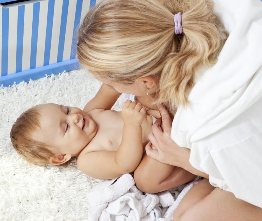 come-fare-sorridere-e-intrattenere-un-bambino