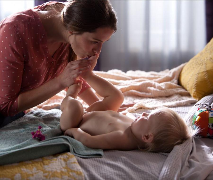 bagnetto-e-shampoo-al-bebe-con-quale-frequenza