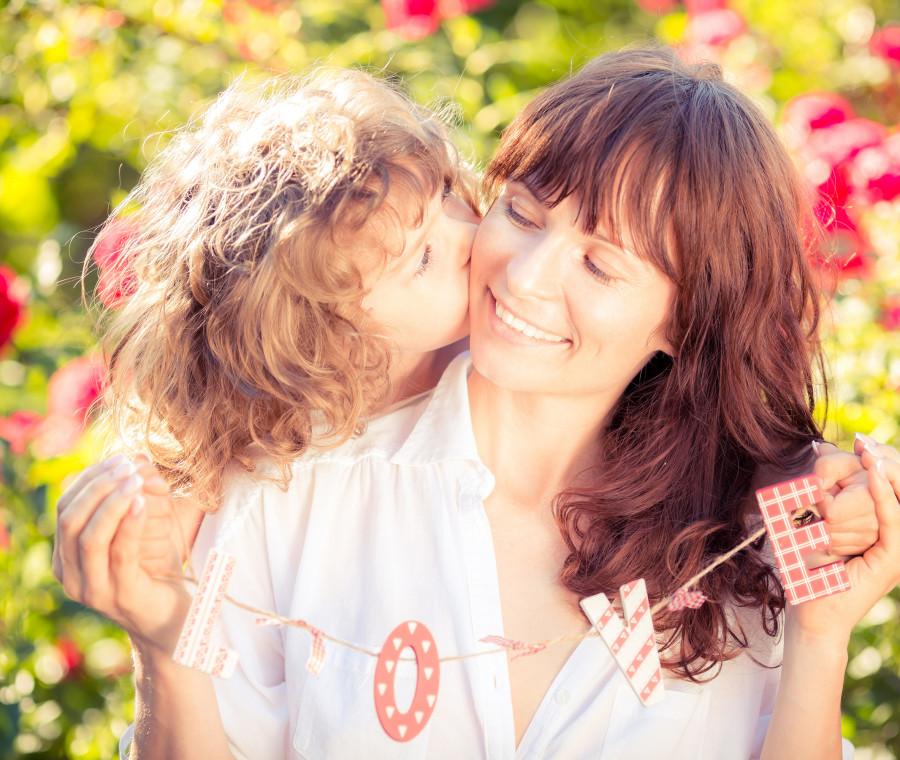 come-si-sviluppa-il-concetto-di-gentilezza-nei-bambini