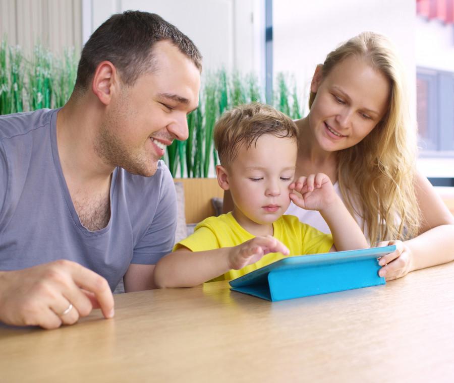10-attivita-divertenti-su-internet-per-un-pomeriggio-estivo-con-i-figli