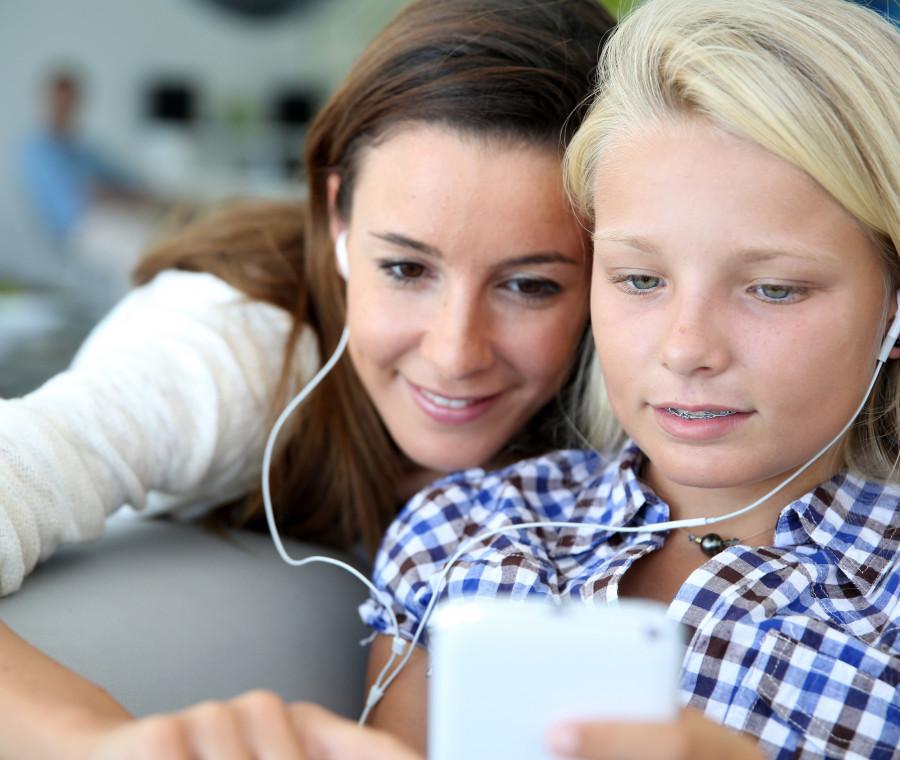 i-10-aspetti-positivi-di-internet-nella-vita-di-tuo-figlio