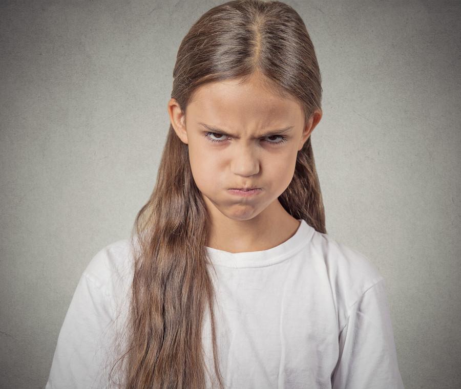 quando-i-figli-prendono-il-sopravvento-violenti-e-irrispettosi-nei-confronti-dei-genitori