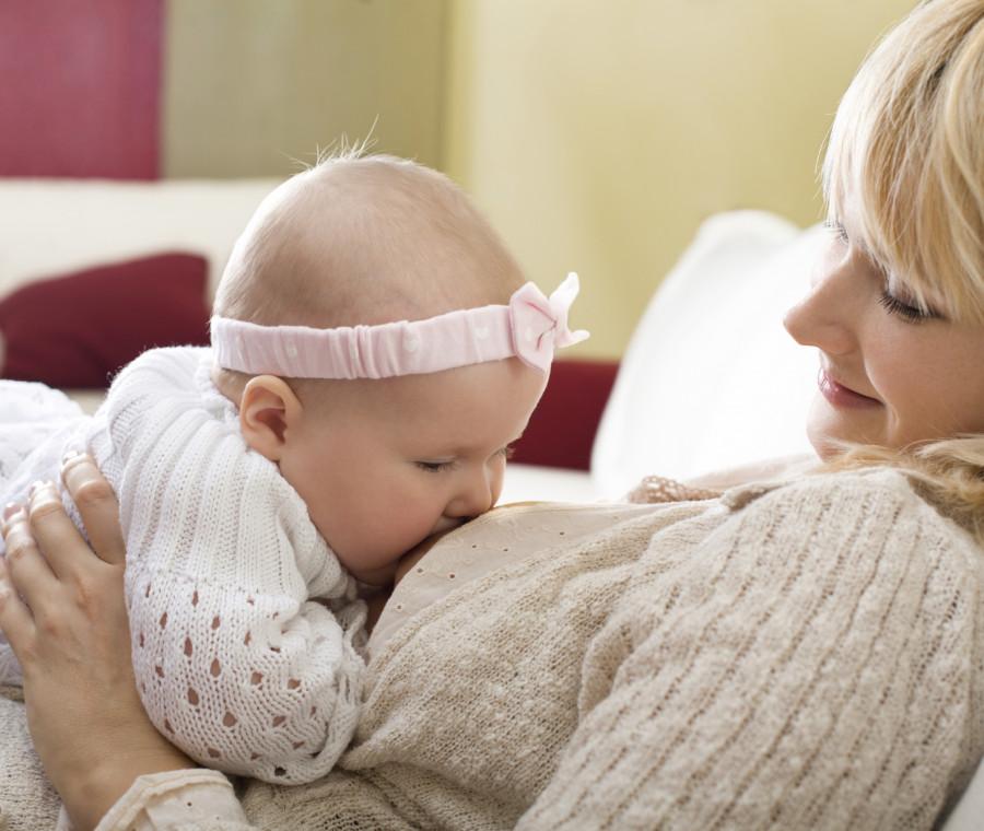 allattamento-al-seno-il-parere-di-neonatologi-e-pediatri