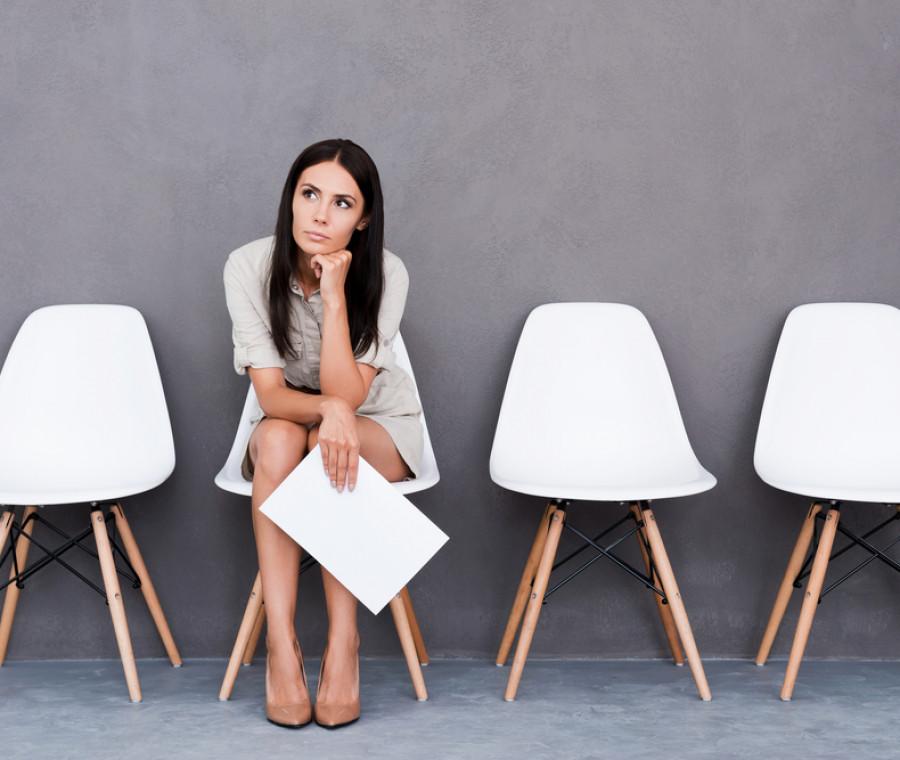 non-risponde-a-domande-personali-cacciata-dal-colloquio