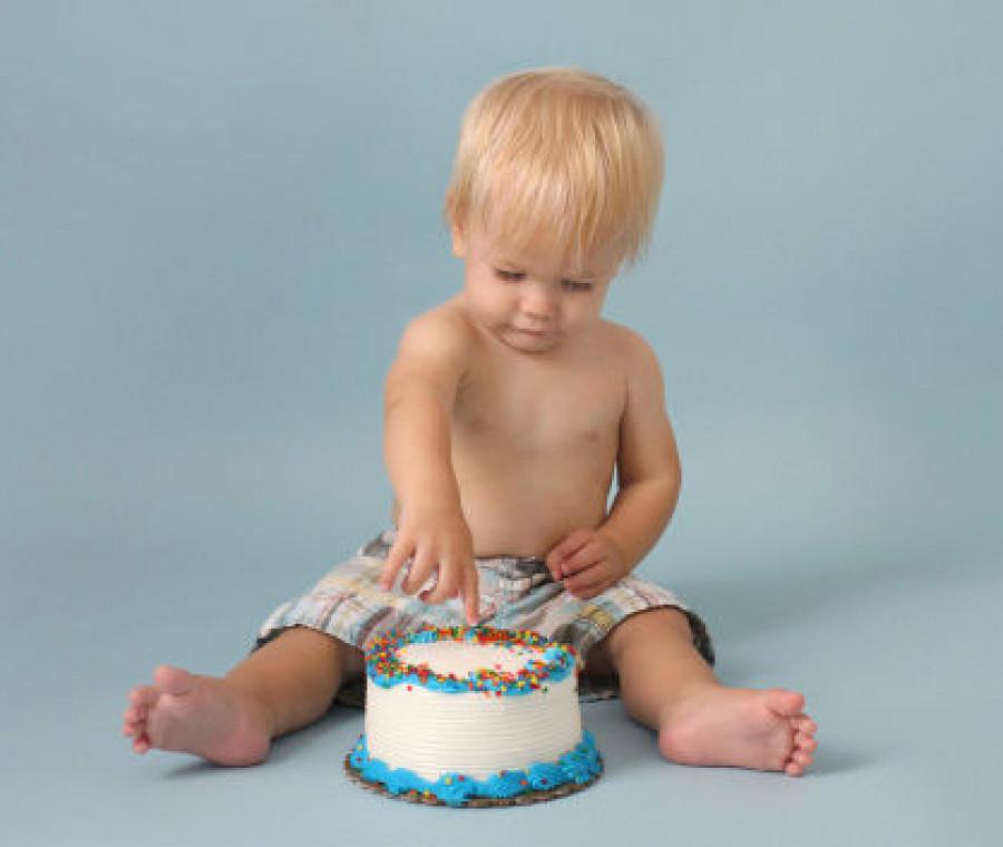smash-cake-per-il-primo-compleanno-del-bambino