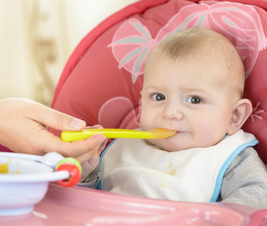 svezzamento-cosa-fare-se-il-bambino-non-vuole-mangiare