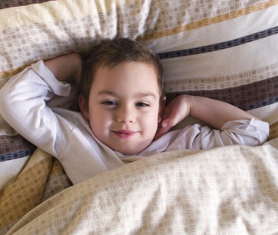 trucchi-geniali-per-preparare-i-bambini-al-mattino