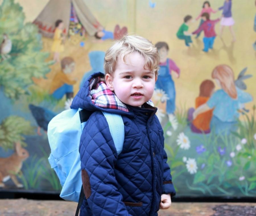 il-primo-giorno-di-scuola-del-principino-george-come-tutti-gli-altri-bambini