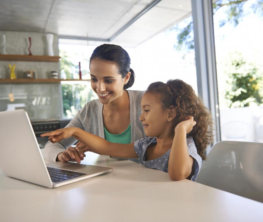 i-consigli-per-far-navigare-i-bambini-in-rete-in-sicurezza