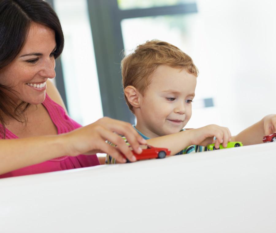perche-i-bambini-crescono-bene-se-giocano-con-i-loro-genitori-la-risposta-della-pedagogista