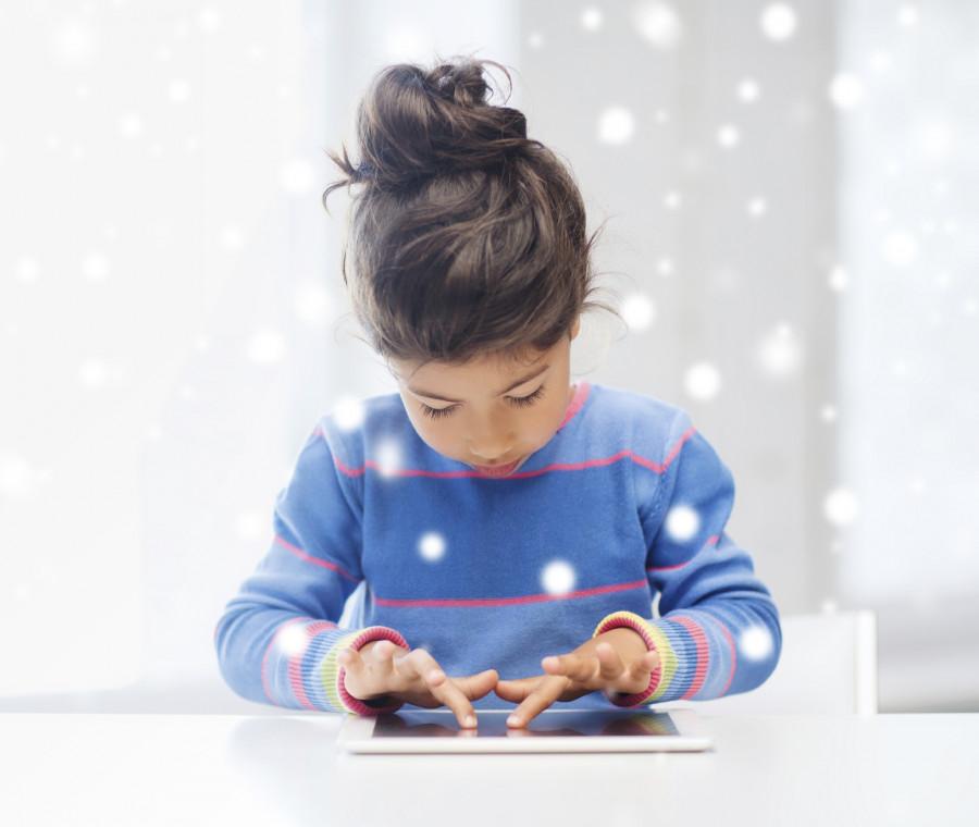 bambini-e-tablet-bisogna-prima-educare-i-genitori