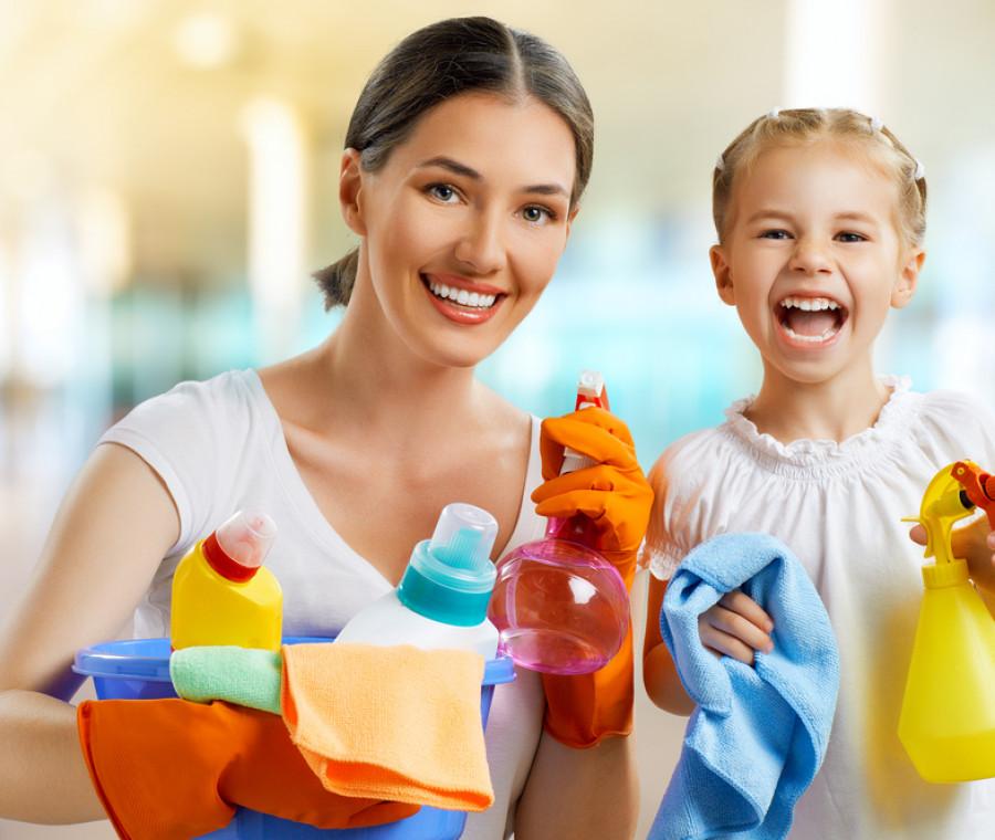 l-associazione-evita-peron-chiede-uno-stipendio-per-le-mamme-casalinghe