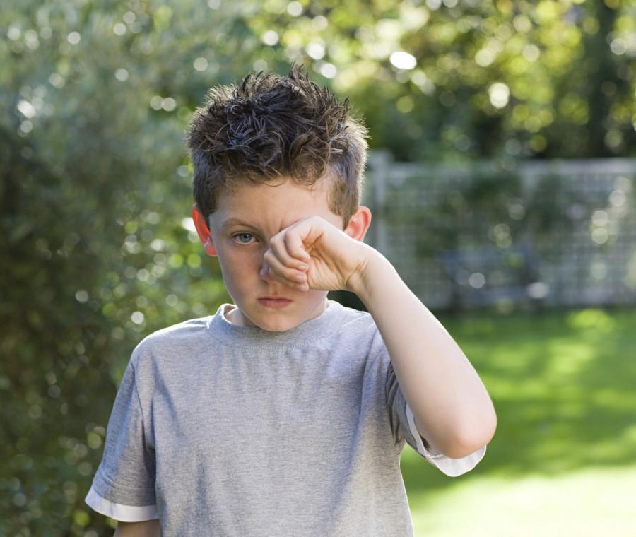 occhi-rossi-e-congiuntivite-nei-bambini