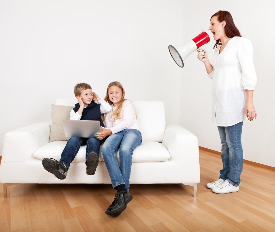 le-tipiche-situazioni-in-cui-i-nostri-bambini-ci-vedono-come-una-mamma-mostro