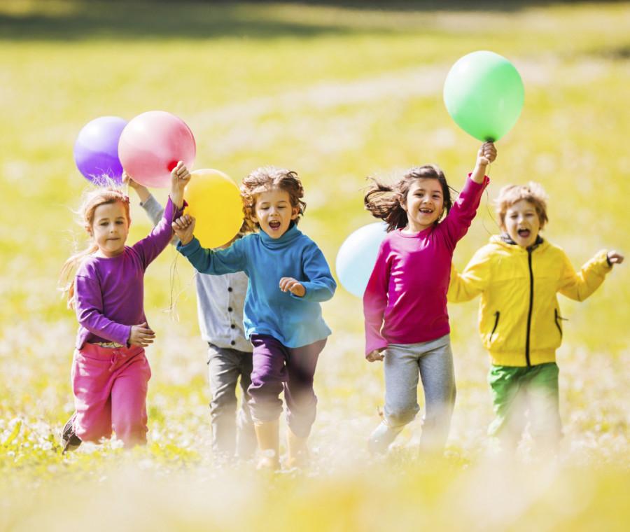 giochi-da-fare-all-aria-aperta-con-i-bambini
