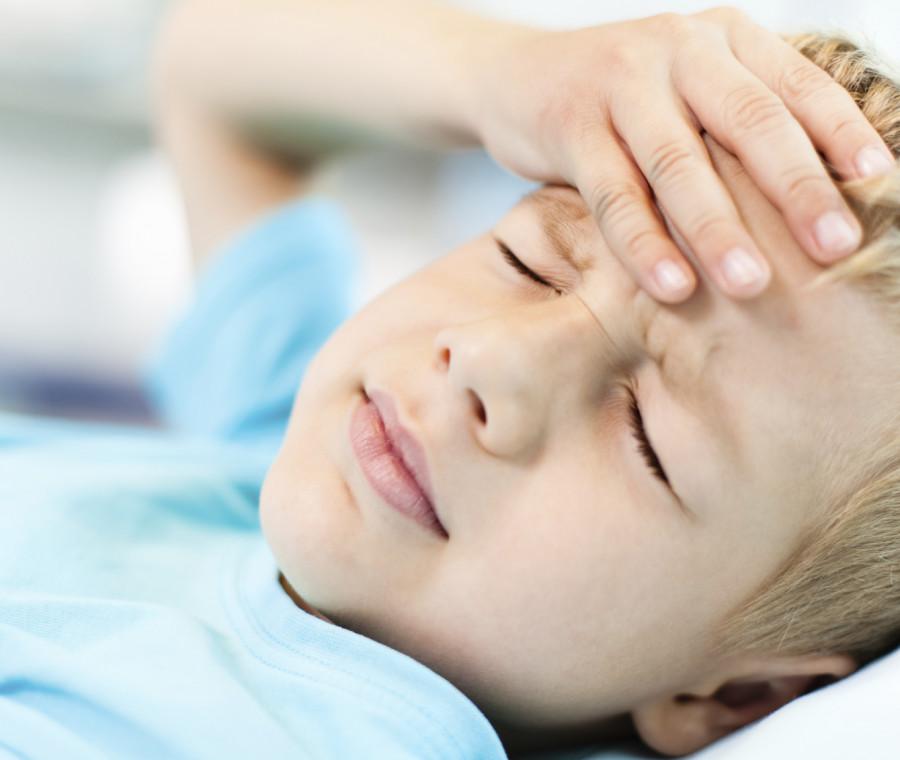 il-mal-di-testa-nei-bambini-cause-e-rimedi