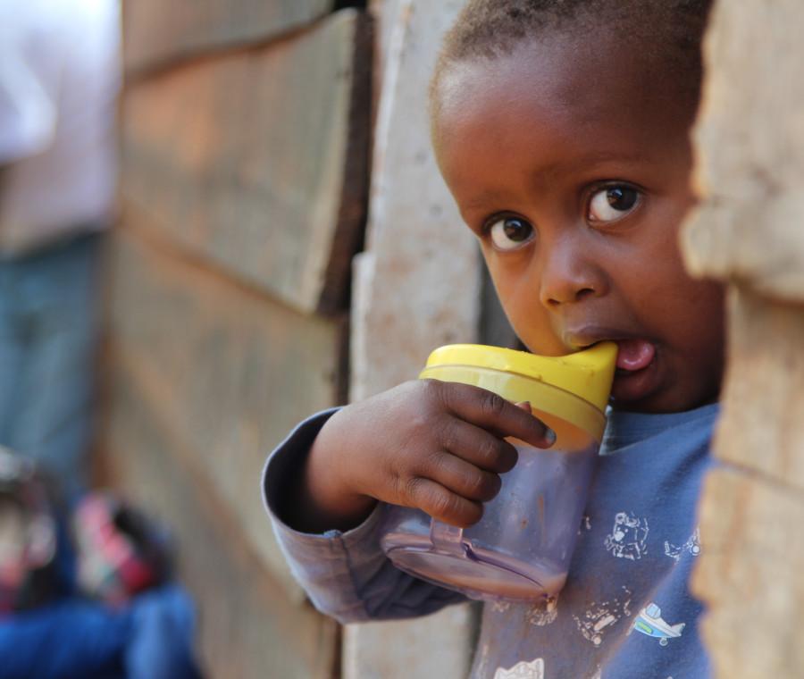 il-viaggio-in-africa-per-amref-di-elena-di-fazio-mamma-milanese