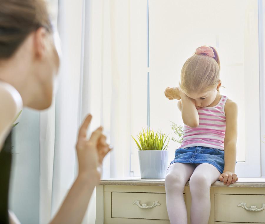 genitori-che-offendono-i-figli