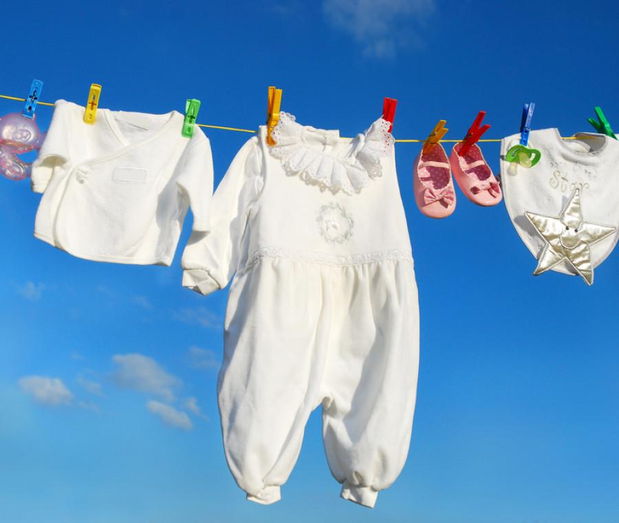come-scegliere-i-vestitini-del-bebe