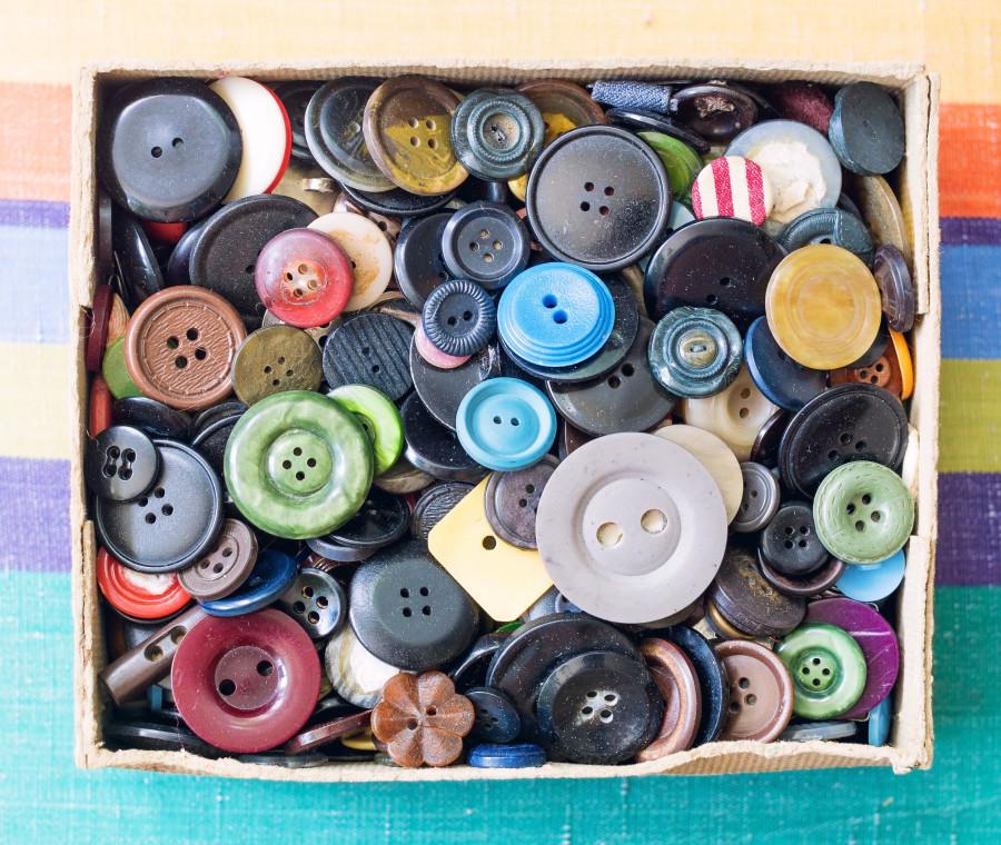 ti-racconto-una-fiaba-la-scatola-dei-bottoni
