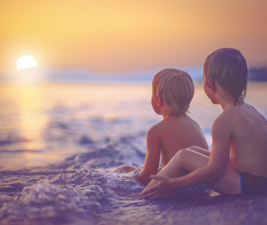 lettera-a-mio-figlio-che-non-vuole-salutare-gli-amici-delle-vacanze