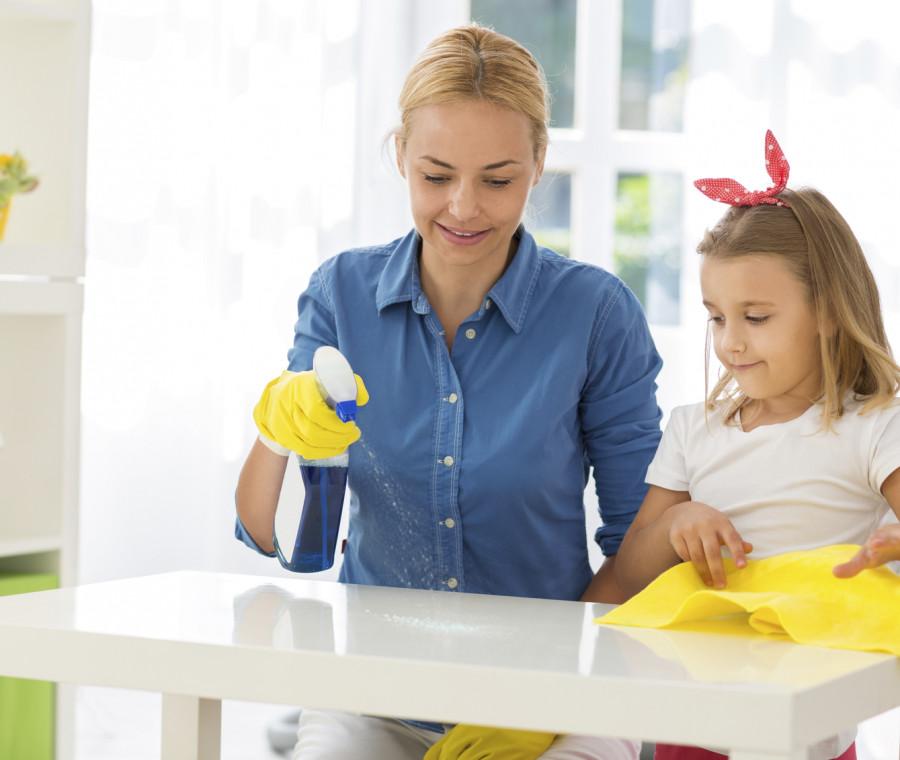 pulizie-domestiche-consigli-per-i-genitori
