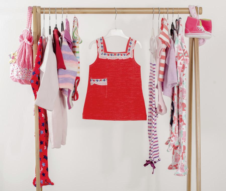 primi-vestiti-per-neonati-una-guida-completa