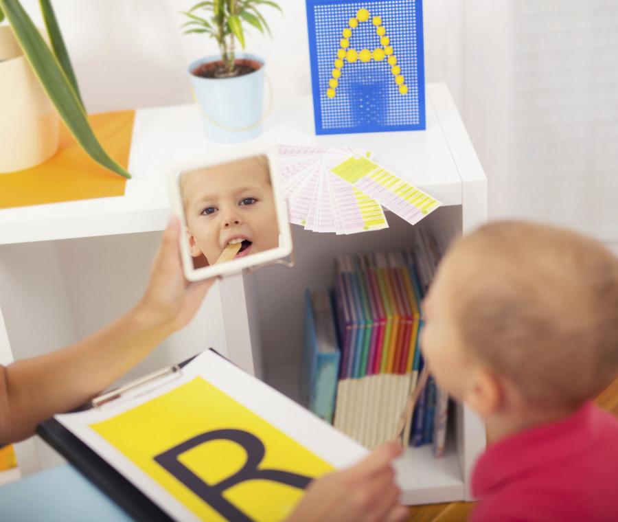 logopedia-per-i-bambini-quando-serve-andare-dal-logopedista