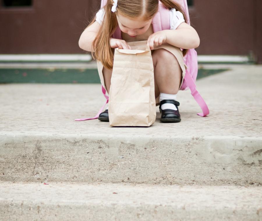 le-reazioni-dei-bambini-quando-scoprono-la-merenda-del-giorno-nello-zainetto