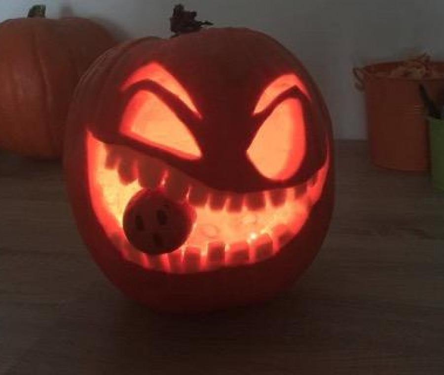 Come Fare La Zucca Di Halloween Video.Come Intagliare La Zucca Di Halloween Video Tutorial Pianetamamma It