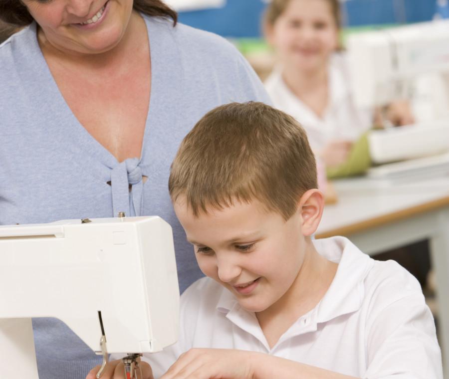 i-benefici-delle-attivita-manuali-e-dell-economia-domestica-a-scuola