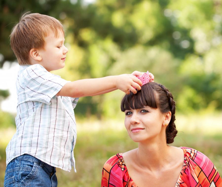 e-se-bambino-preferisce-chiaramente-un-genitore-ecco-tutto-quello-che-dovete-sapere