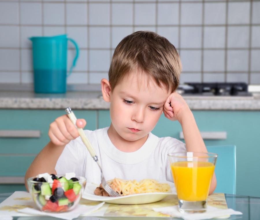comportamenti-compulsivi-dei-bambini-e-disturbi-alimentari