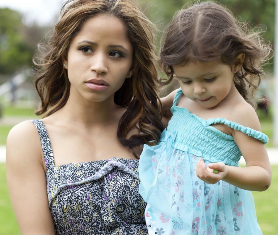 un-bambino-viene-allontanato-dalla-mamma-per-volere-del-tribunale-dei-minori-quali-sono-i-diritti-e-i-doveri-di-un-genitore