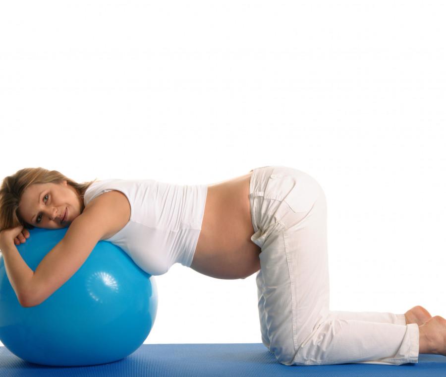 gravidanza-quattro-esercizi-utili-per-prepararsi-al-parto