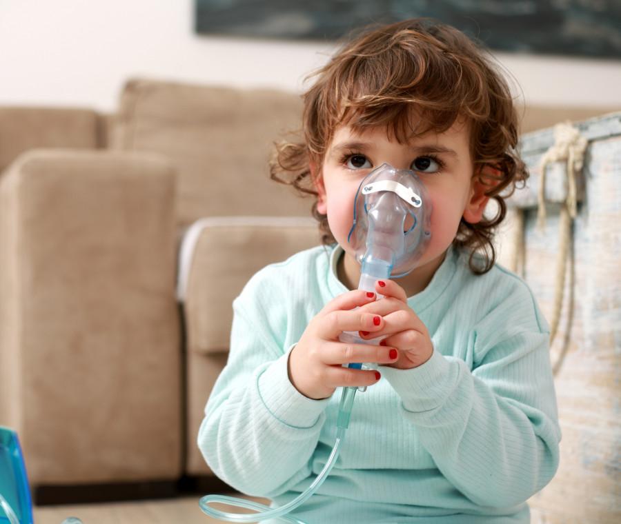 la-bronchite-nei-bambini-cos-e-e-come-va-evitata-e-curata