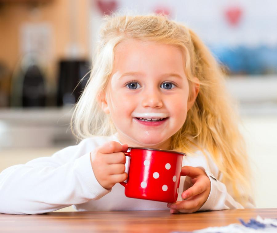 latte-vaccino-meglio-dopo-l-anno-di-eta-perche
