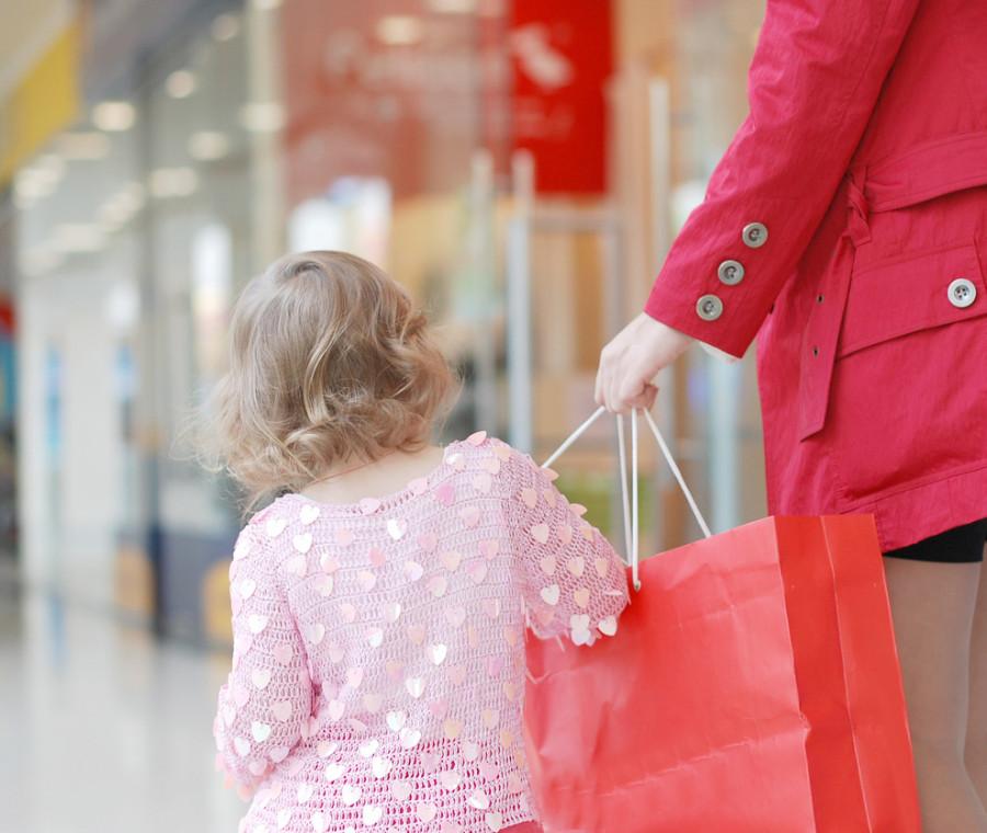 la-fenomenologia-della-mamma-al-centro-commerciale