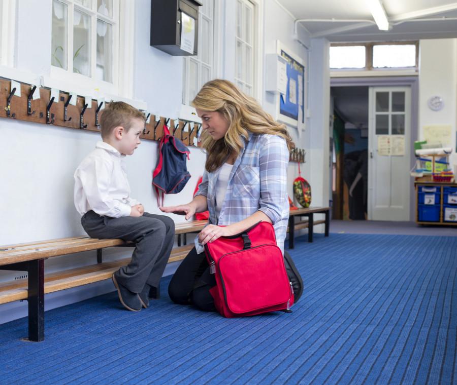 le-principali-preoccupazioni-dei-genitori-quando-i-figli-iniziano-la-scuola
